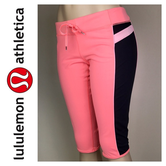 lululemon athletica Pants - Lululemon Athletica Signature Crop Pants